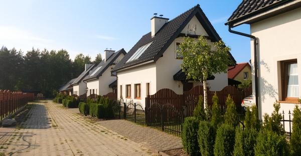 Całoroczne domy murowane